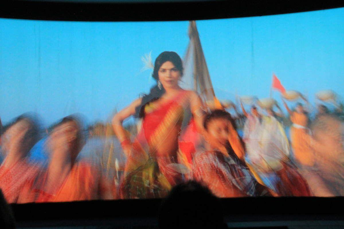 Un scène du film, une vraie saga bollywoodienne