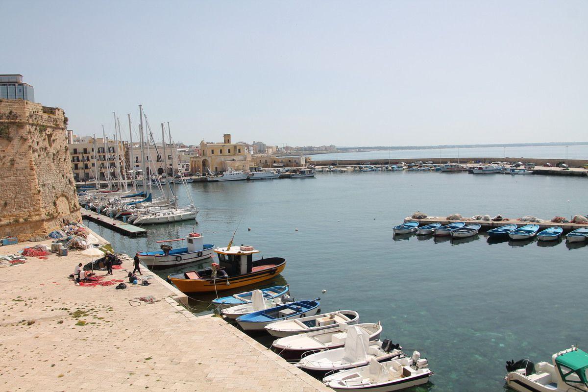 Calamars farcis à la scarmoza - Italie les Pouilles (5) Gallipoli
