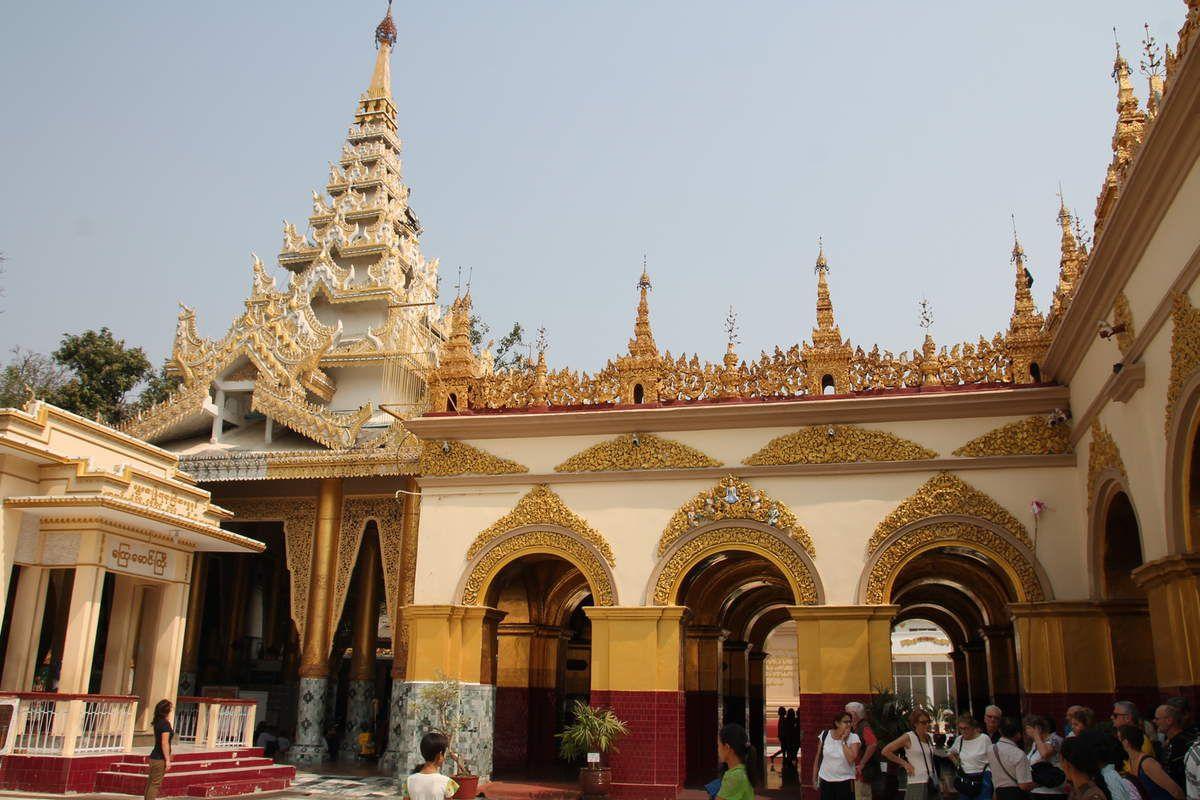 De retour de Birmanie
