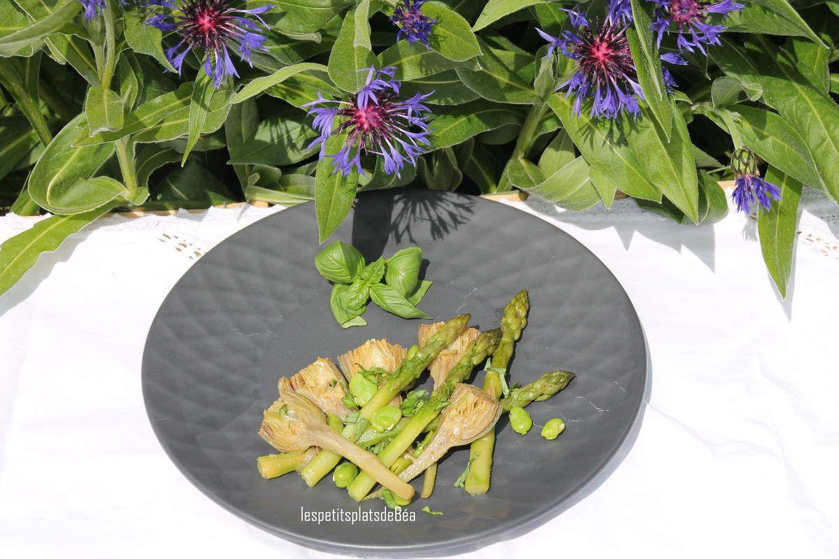 Poêlée d'artichauts poivrade, fèves et asperges vertes