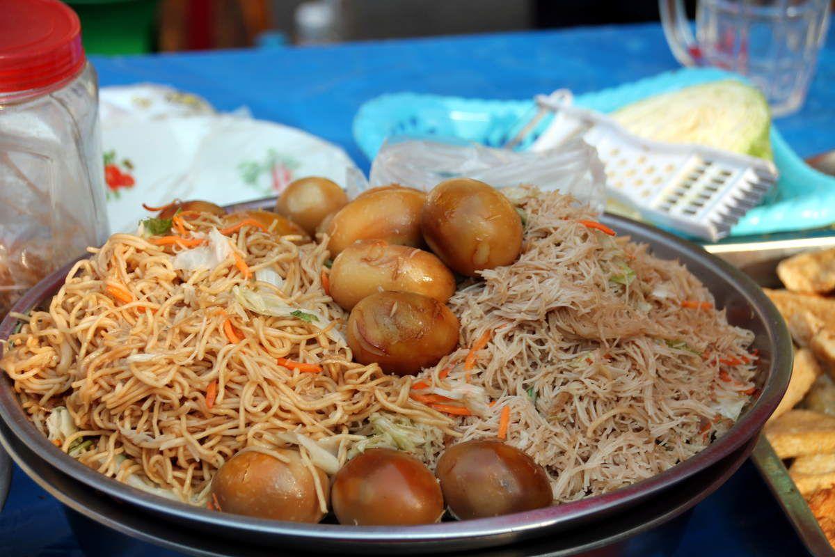 Curry birman aux oeufs de caille - Voyage en Birmanie, marchés locaux