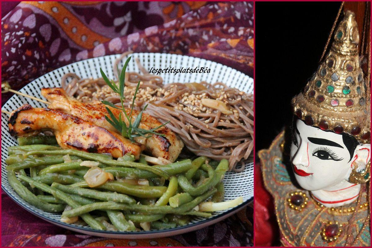 Wok de haricots à la thaï, nouilles Soba, aiguillettes de poulet sauce teriyaki - balade thaïlandaise au village de la tribu des Lahus