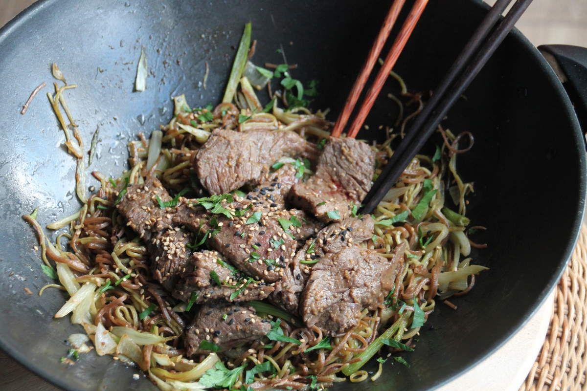 Rumsteak  mariné à l'asiatique et nouilles soba au fenouil