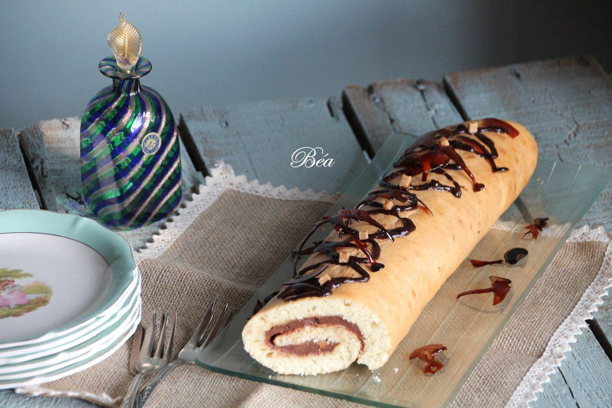Gâteau roulé au chocolat et caramel