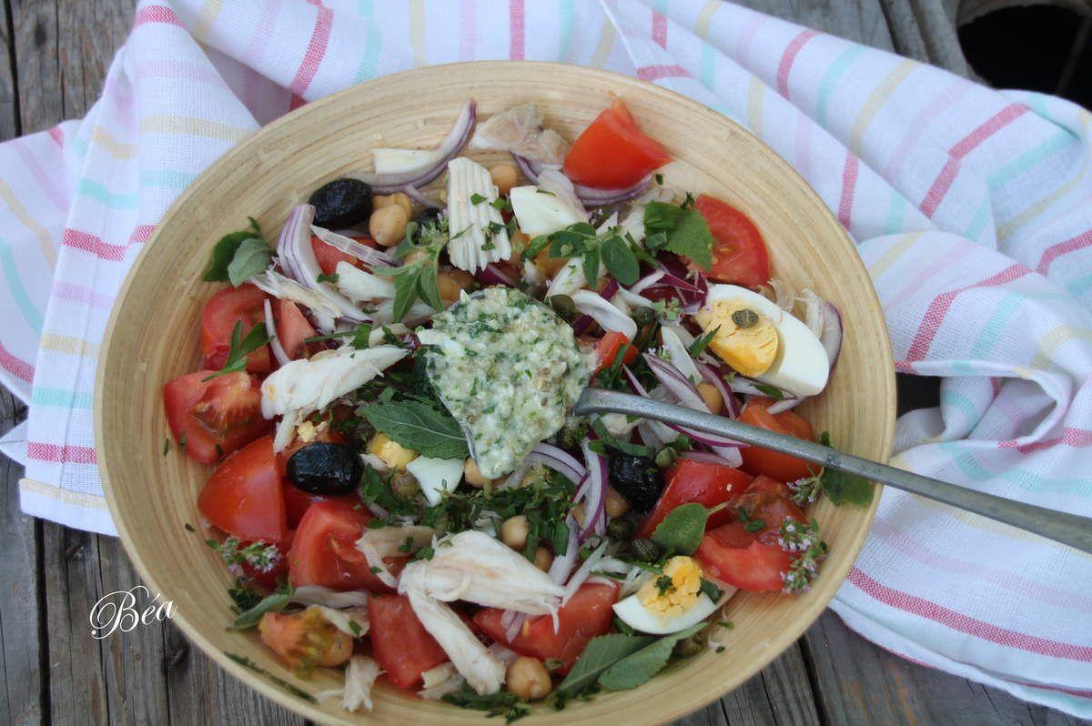 Salade d'éffilochée de raie, vinaigrette aux condiments