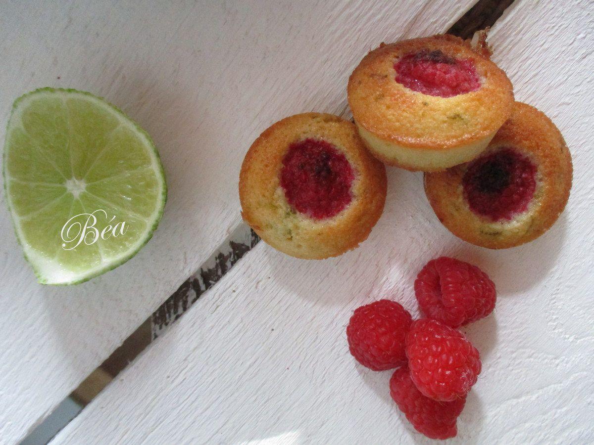 Bouchées financières au citron vert et aux framboises