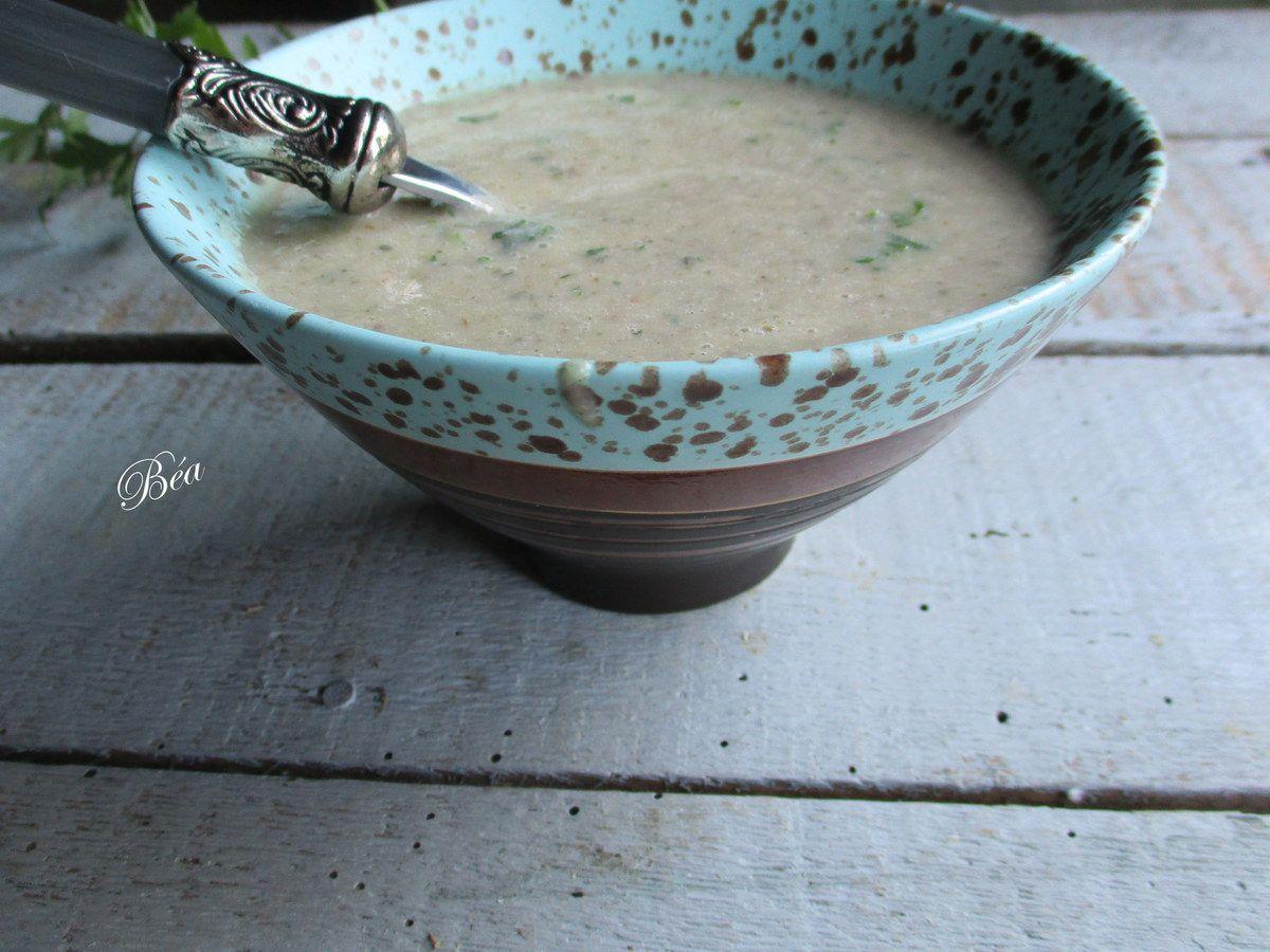 Soupe aux courgettes et champignons