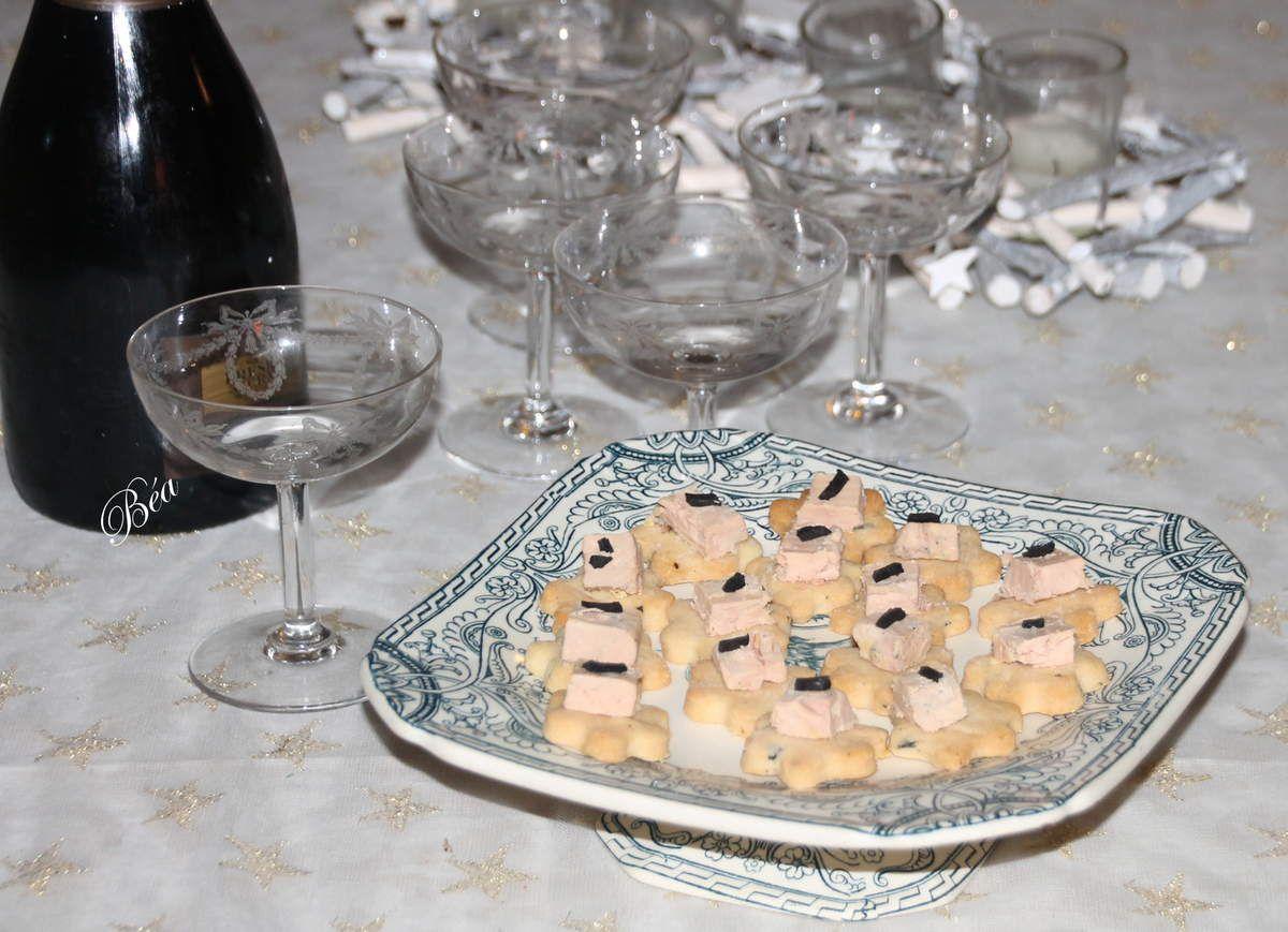 Sablés à la truffe et foie gras