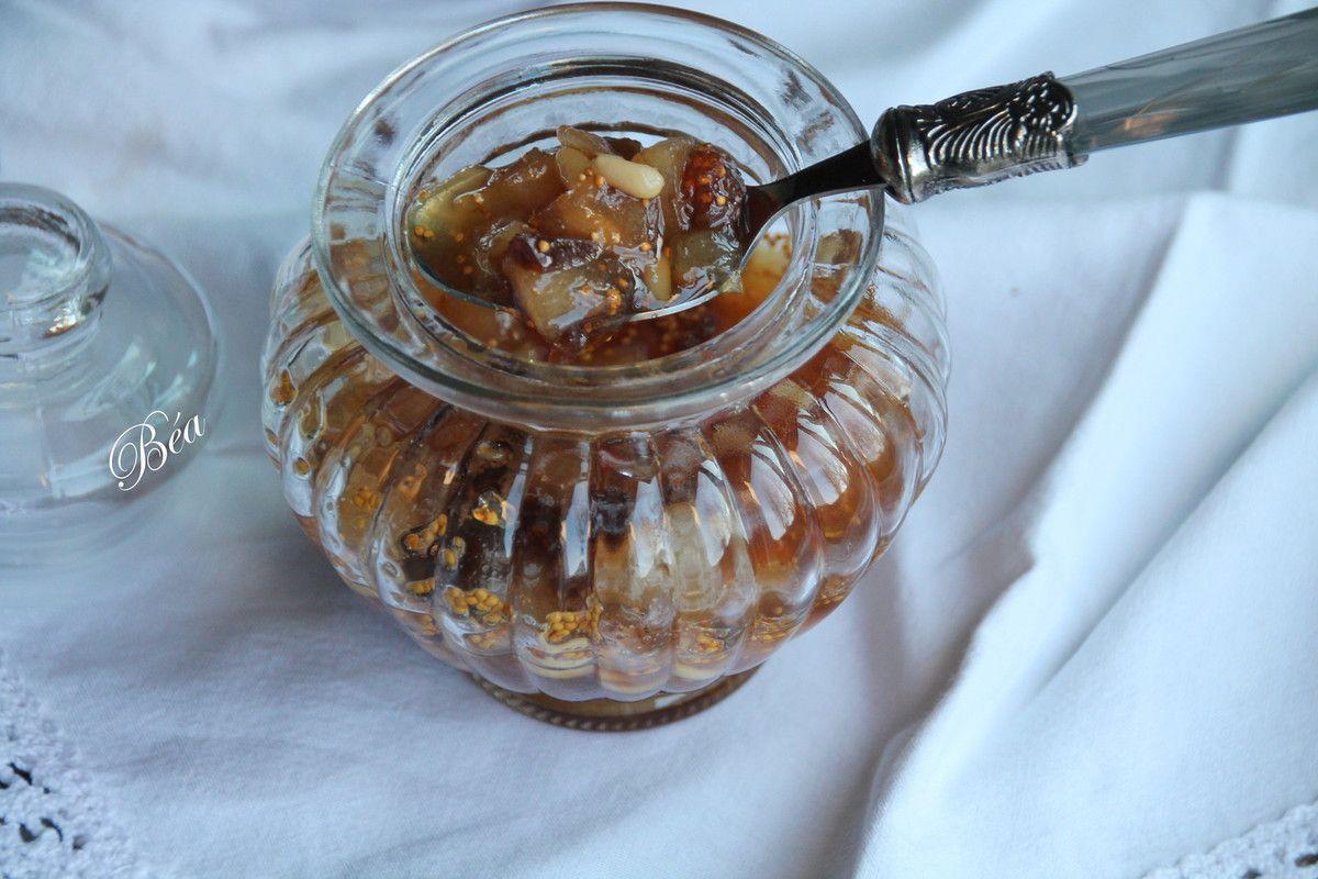 Confiture de poires, figues et pignons de pin