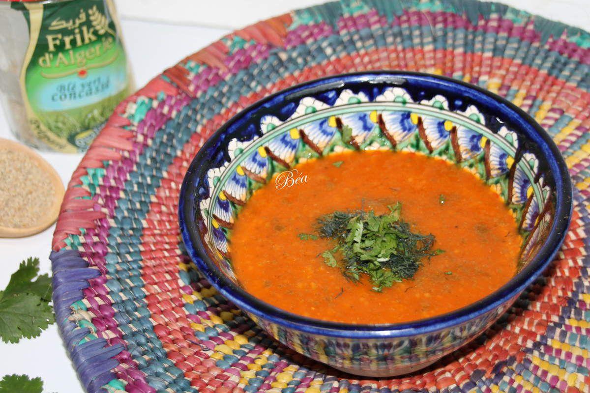 Soupe à la tomate et au blé vert
