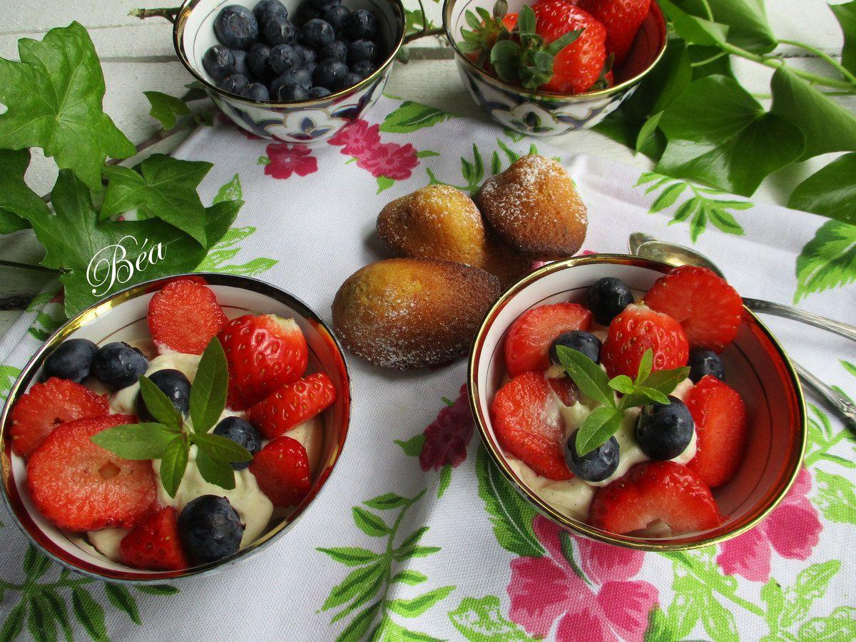 Crème diplomate et fruits rouges