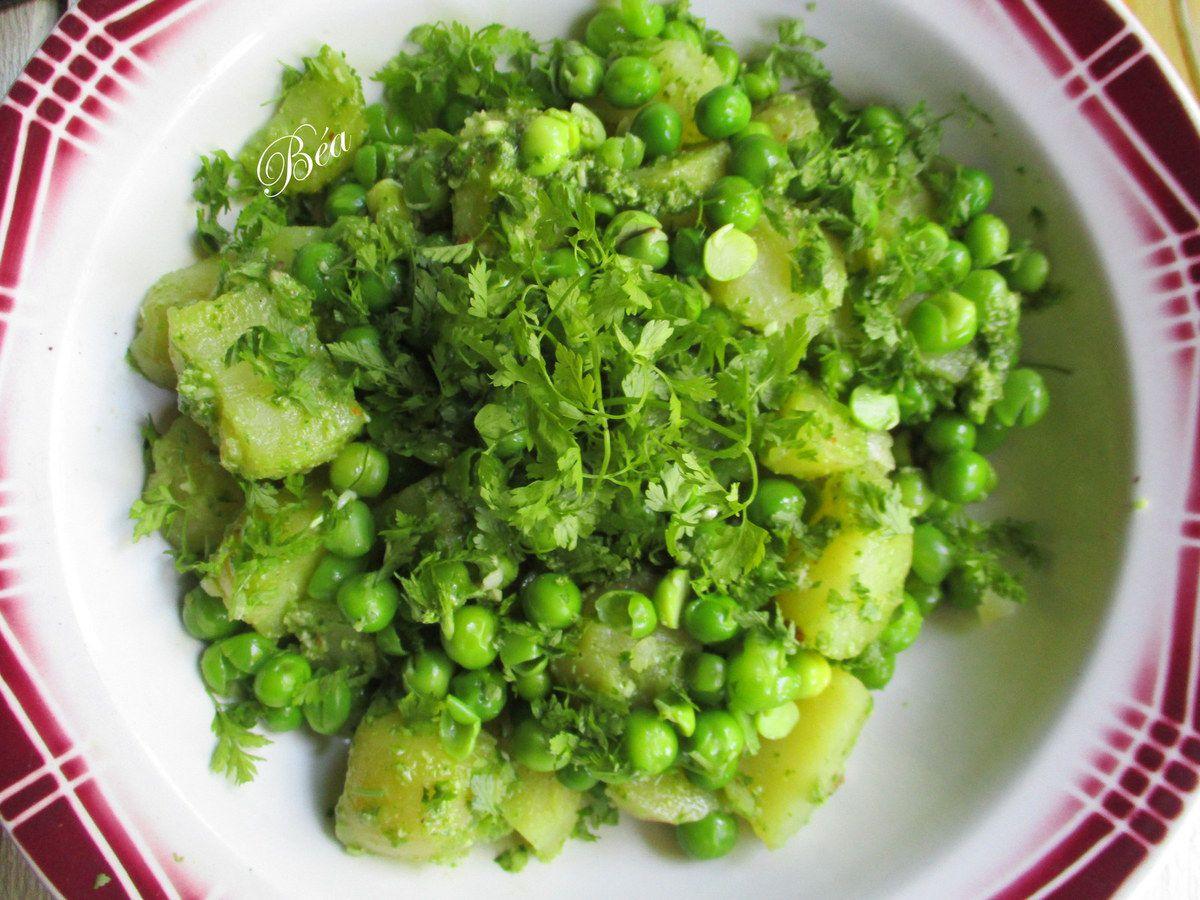 Salade de petits pois, vinaigrette au pesto de fanes de radis
