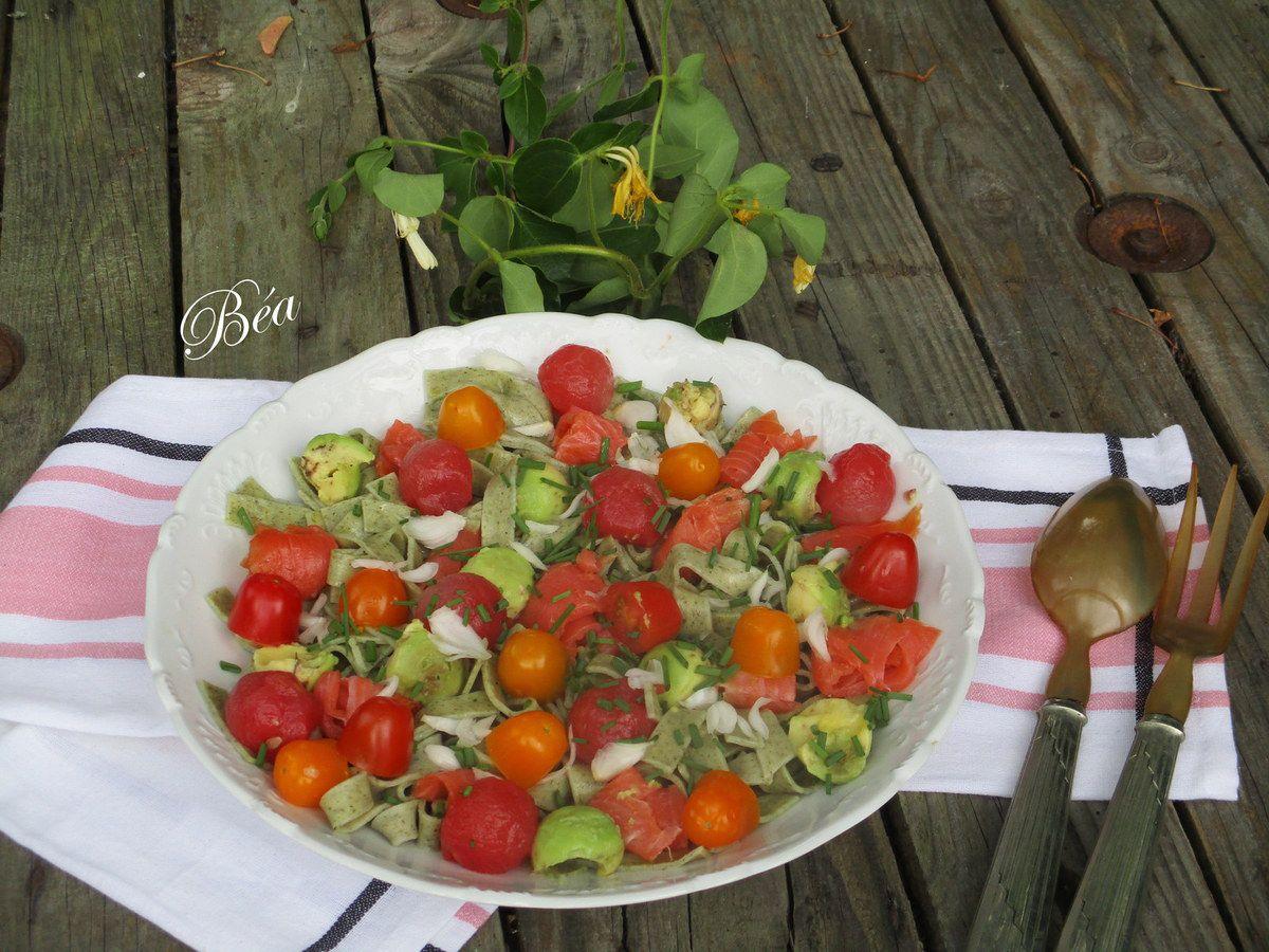 Pickles de pastèque pour une salade composée