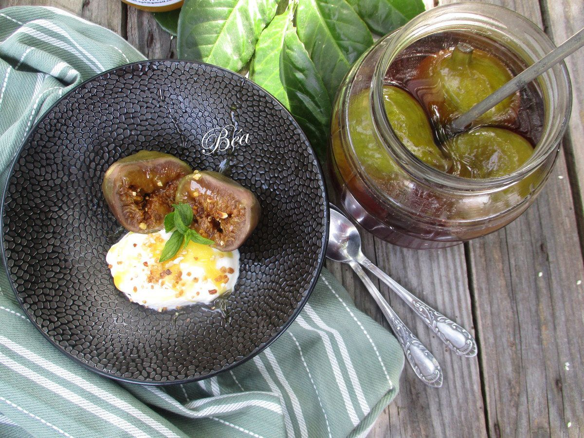 figues à l'eau de vie pour entre autre un dessert grec