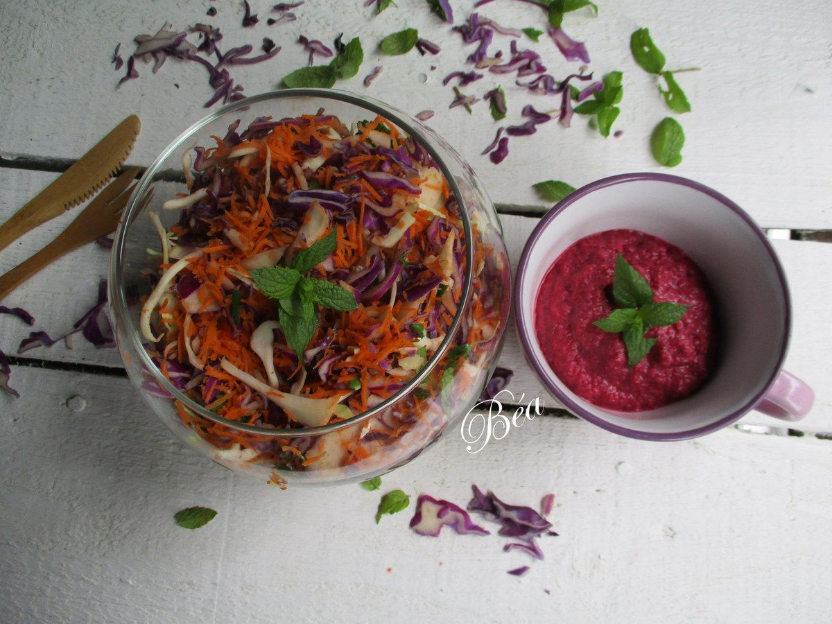 Salade de légumes râpés sauce à la betterave