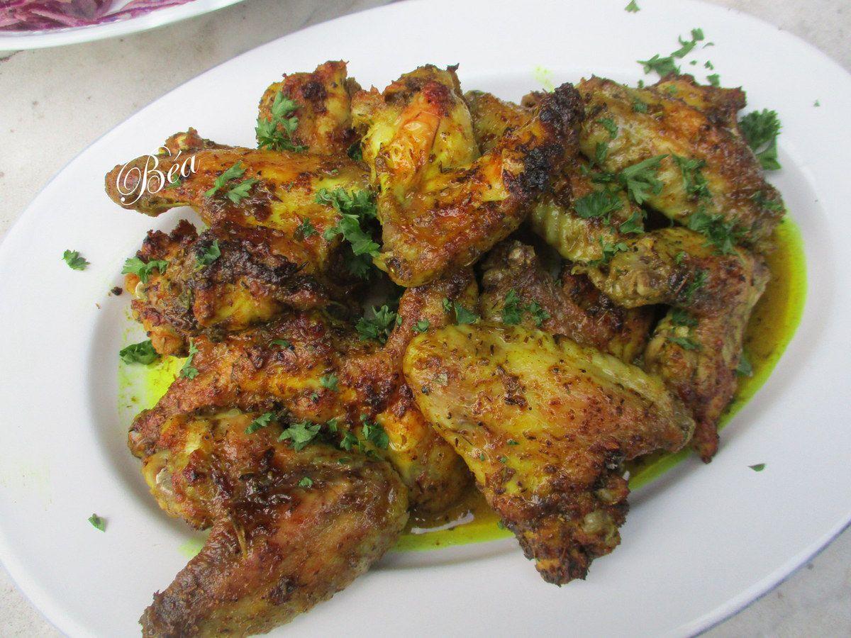 Petites ailes de poulet marinées au citron et aux épices