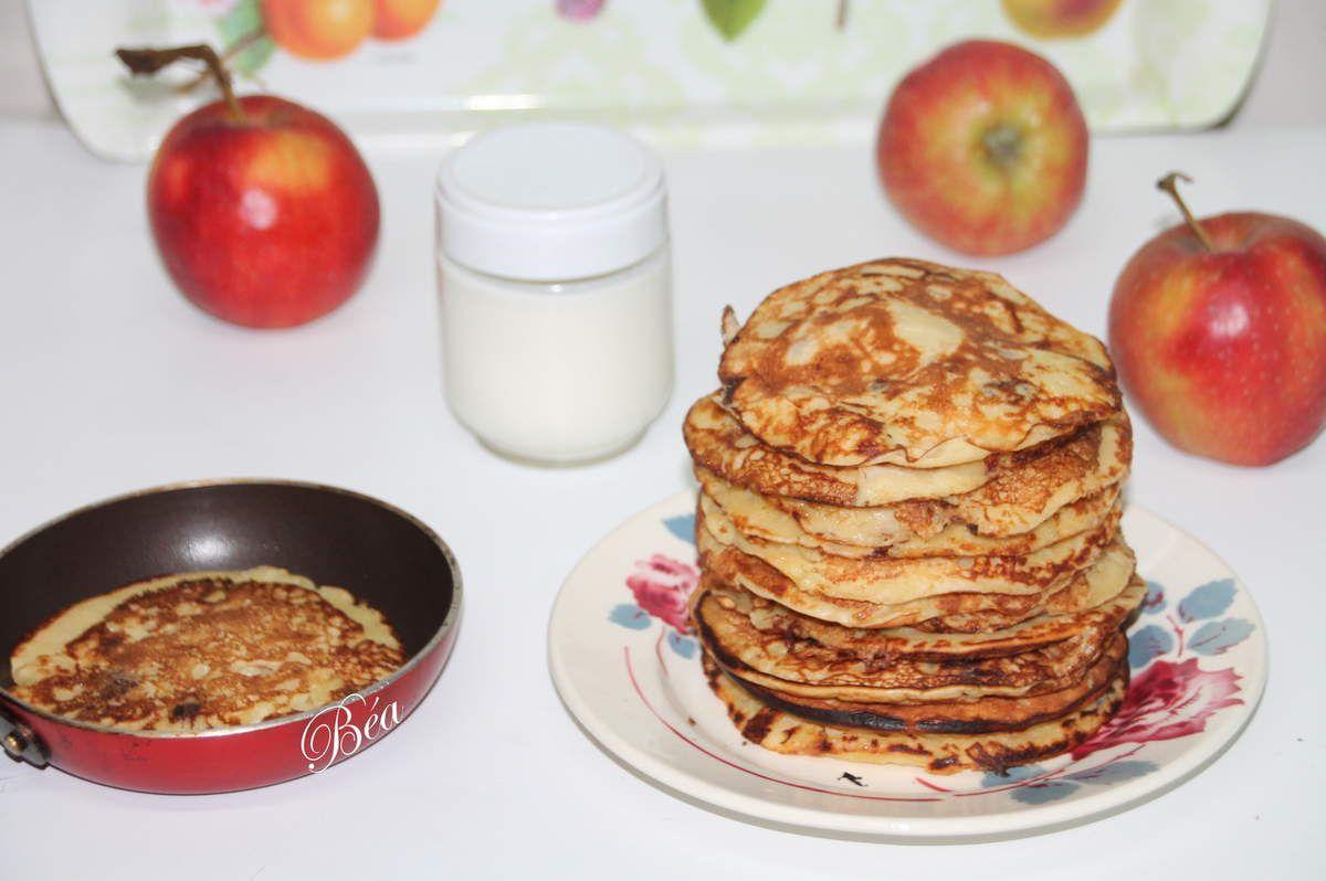 Pancakes aux pommes et raisins secs au rhum