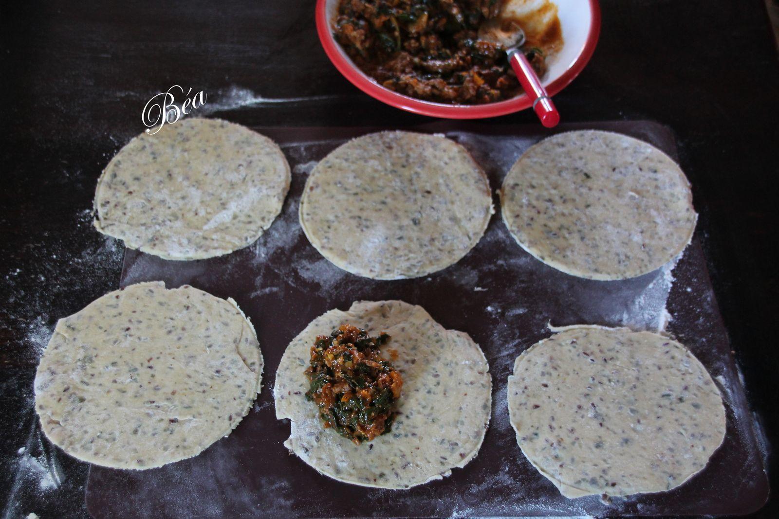 Empanadas au boeuf et blettes au curry thaï