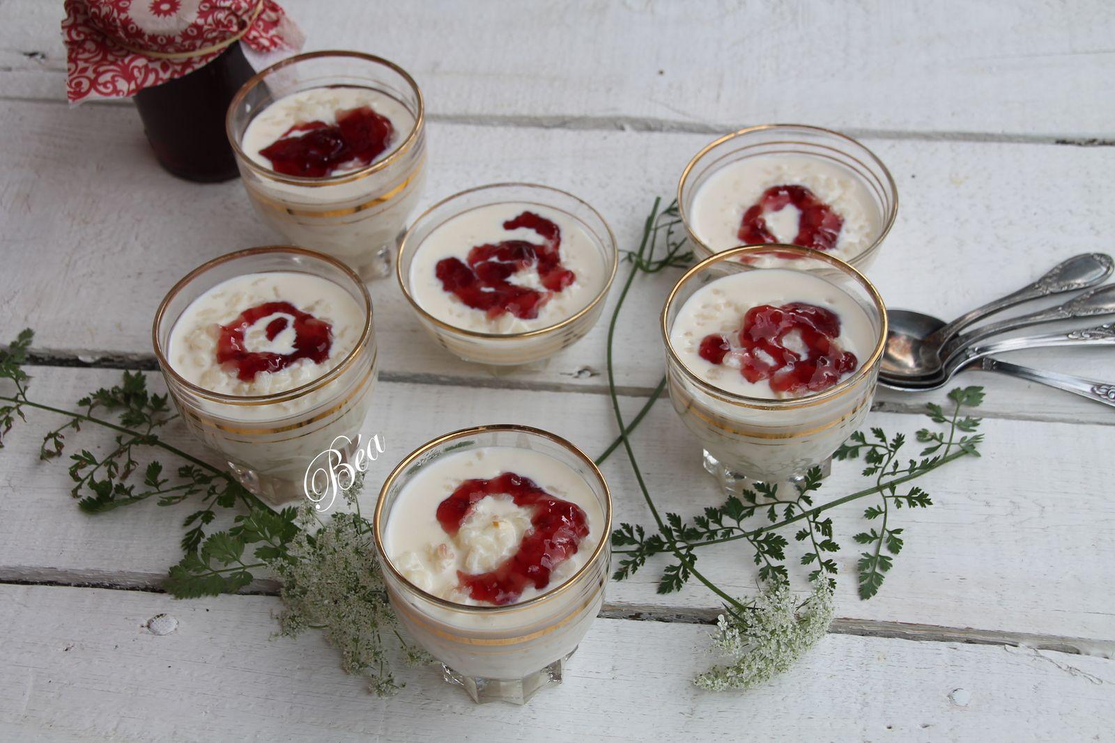 Riz au lait à la gelée de raisin et de grenade