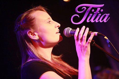 La chanteuse Titia vous présente son nouvel EP « Les Enfants Du Désert » !