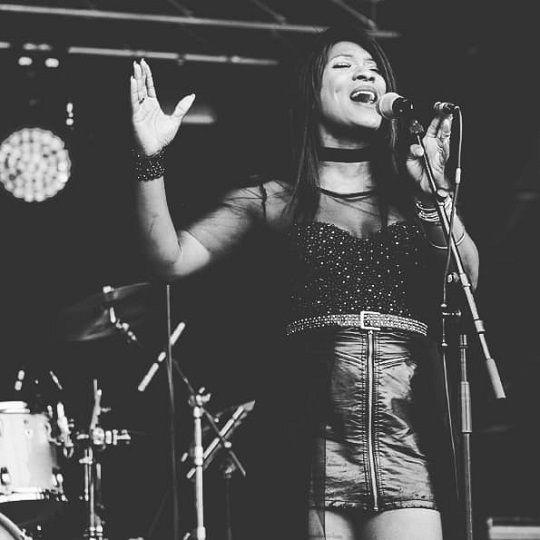 L Ness vous présente son premier single et ses projets !
