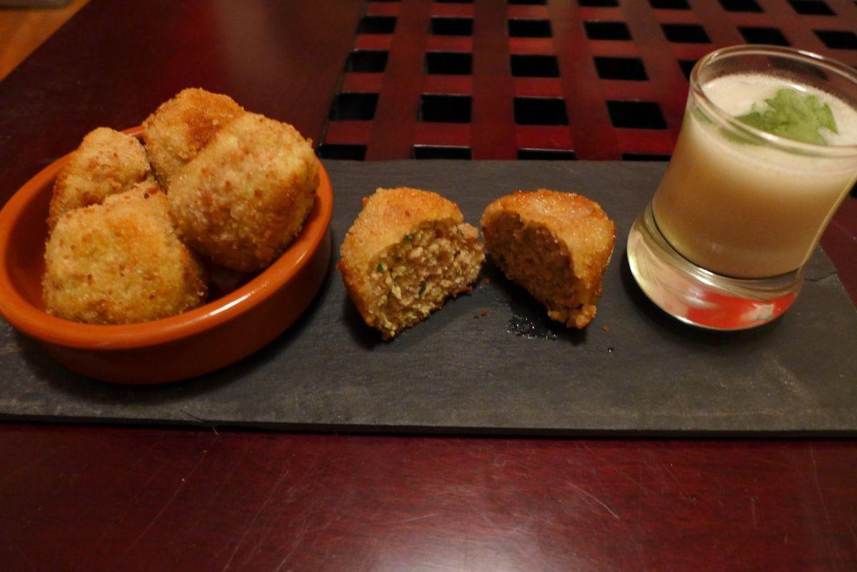 Repas d'un soir #9: Croquettes de Porc au Curry, lait de coco et citron vert.