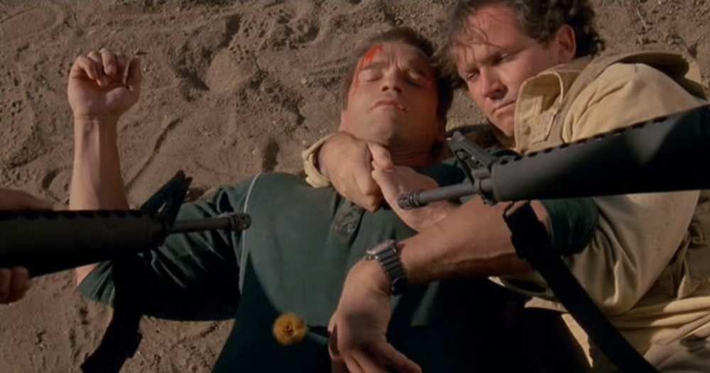Commando : Peut-on nommer son héros John Utérus sans nécessairement y mettre un sens ? (4400 mots)