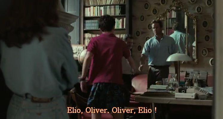 Les prénoms en miroir avec le miroir dans lequel Oliver efface le reflet d'Elio, et Elio qui efface son père dans la relation avec Oliver. Et la mère qui regarde tout ça en se léchant les babines.