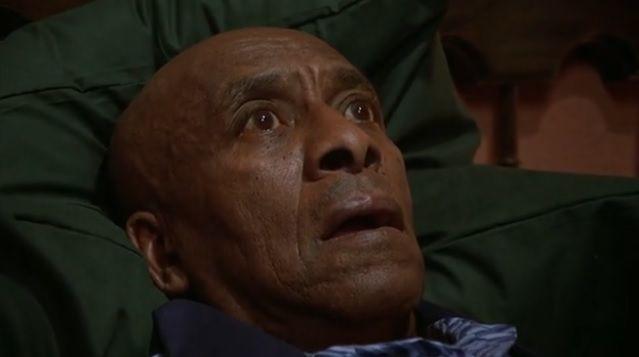 Le plan de Jack qui entre dans la chambre 237 est subjectif et il est entrecoupé de plan de Danny.