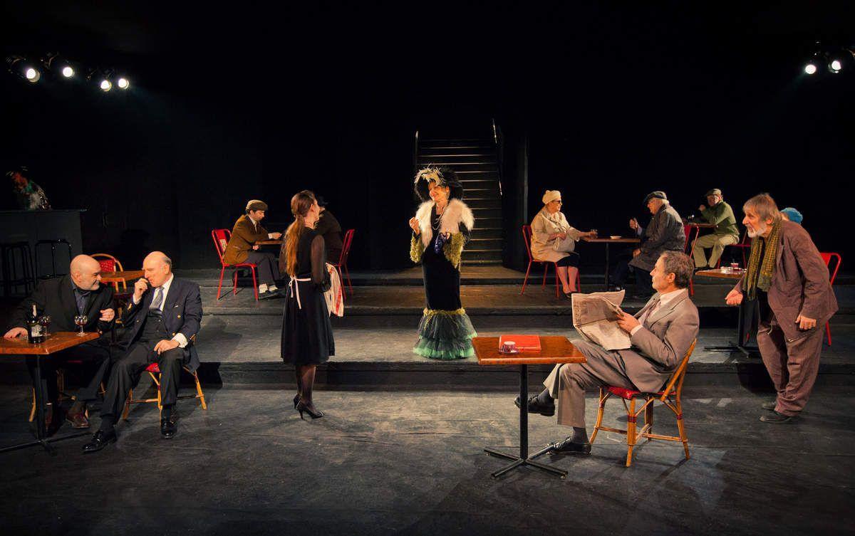 Photo d'une pièce de théâtre (source: pimediaonline)