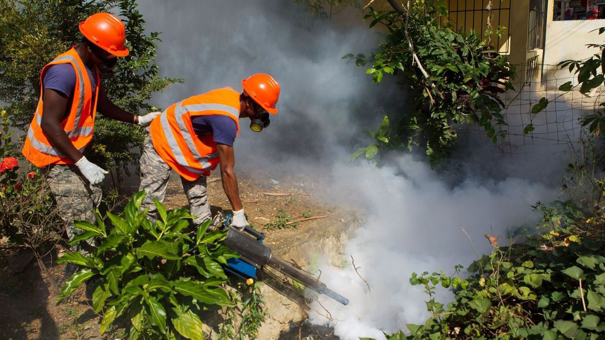Photo d'une opération de fumigation (source: lexpress)
