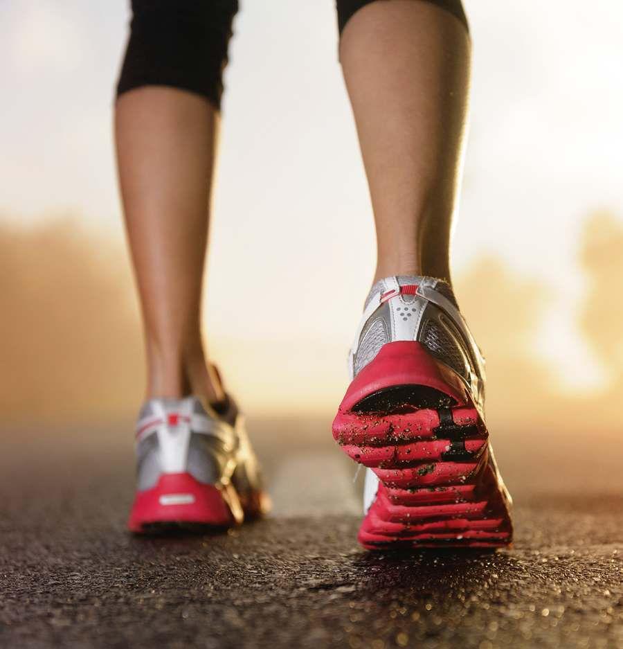 Photo de chaussures de sport (source: http://mf.imdoc.fr/content/7/3/9/507390/chaussures-sport-femme.jpg)