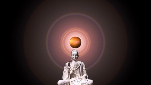 Image d'une statue (source: http://ekladata.com/2B3okgr45bf8lAaH7SV6__IH-P8@500x281.jpg)