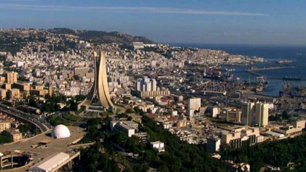 Photo d'Alger (source: http://www.tsa-algerie.com/wp-content/uploads/2016/01/alger.jpg)