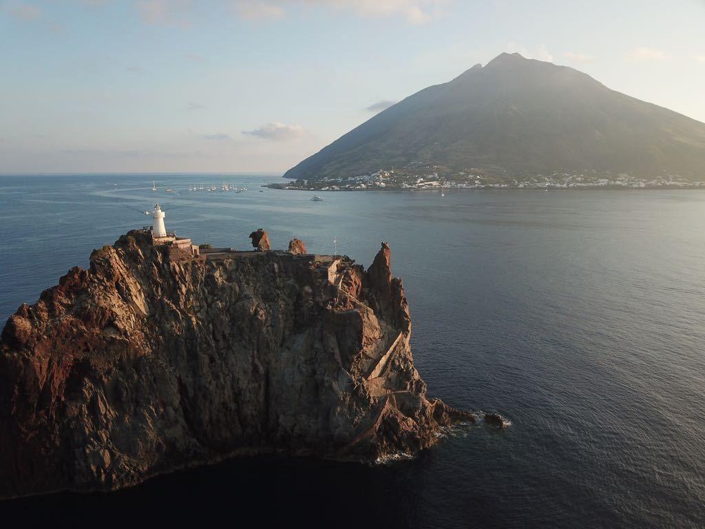 Naviguer aux îles éoliennes- Sicile