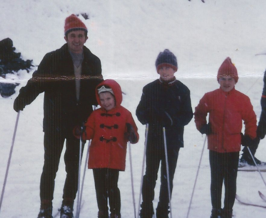 FAMILLE CAPDESSUS HIVER 1969