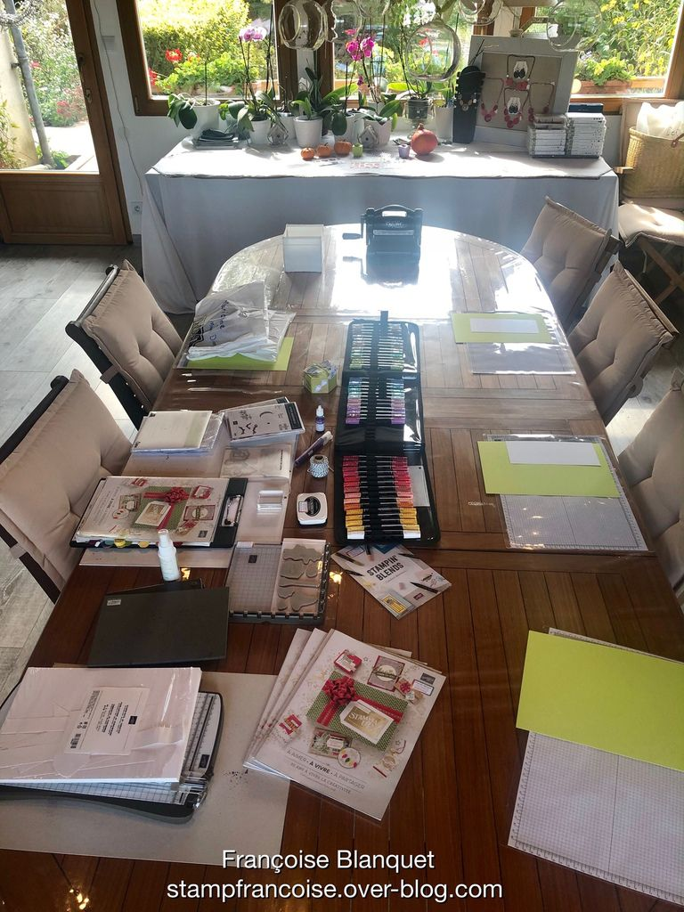 Stampin'Up!  Table toute prete pour recevoir mes invités ;  Photos Créations de l'atelier Halloween