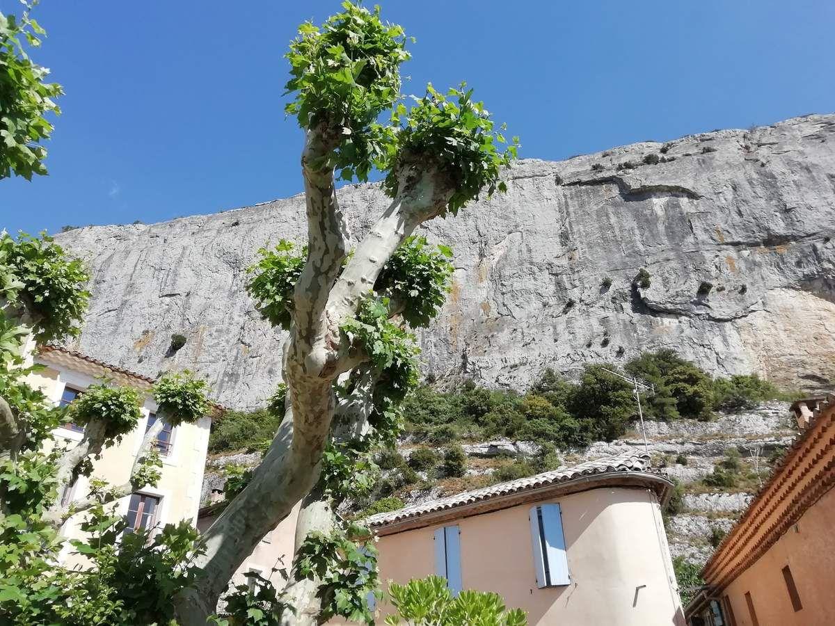 Vaucluse - Les Ocres de Rustrel - La Falaise de Lioux - Les Bories de Gordes (4/4)