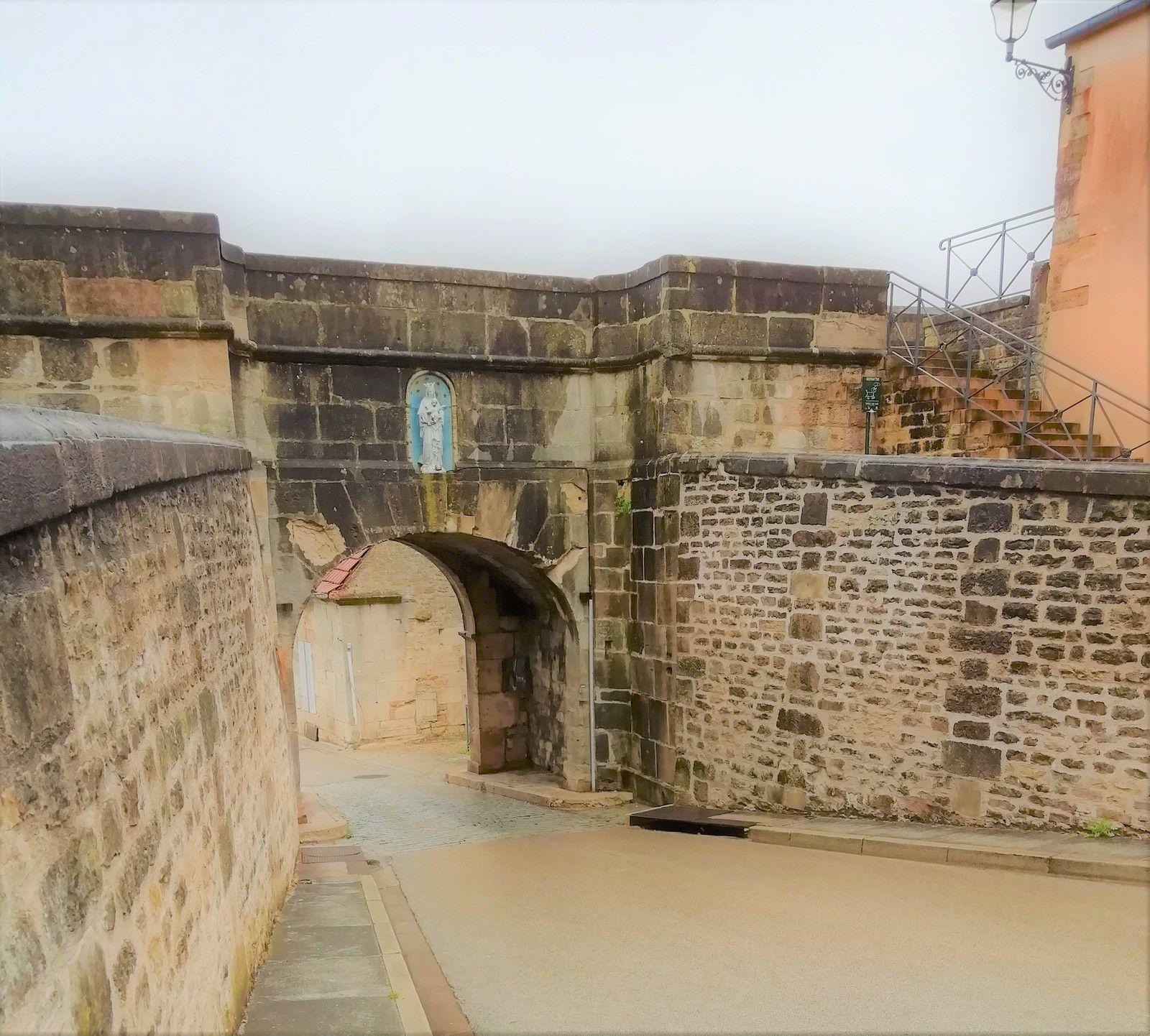 """Coté intérieur de la Porte """"Longe Porte"""""""