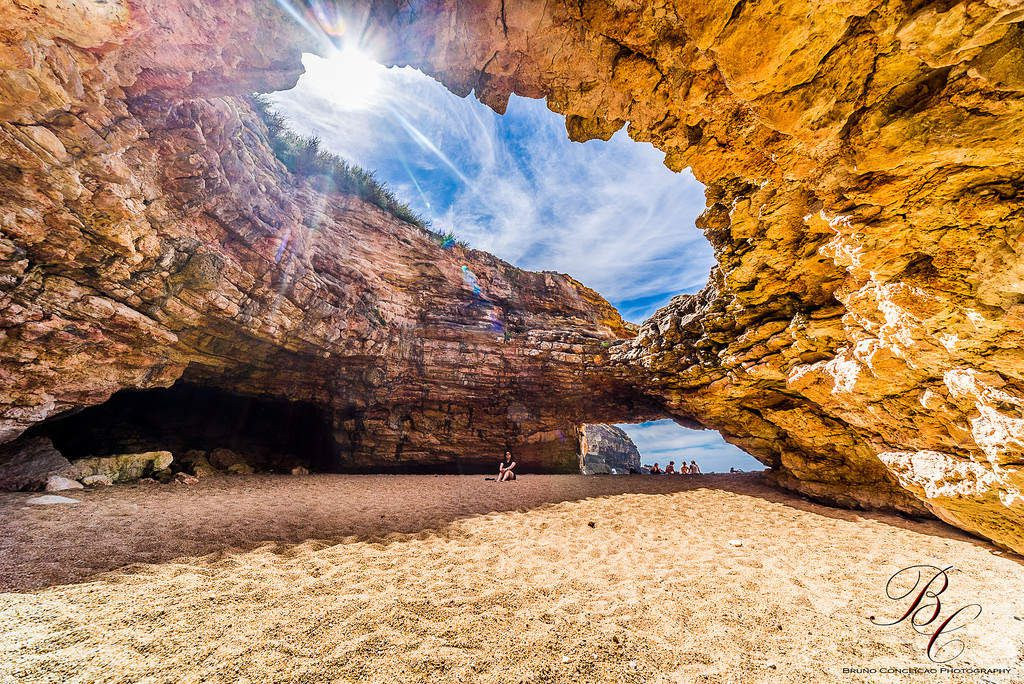 crédit photo 1 https://hiveminer.com/Tags/caves,nazare/Interesting