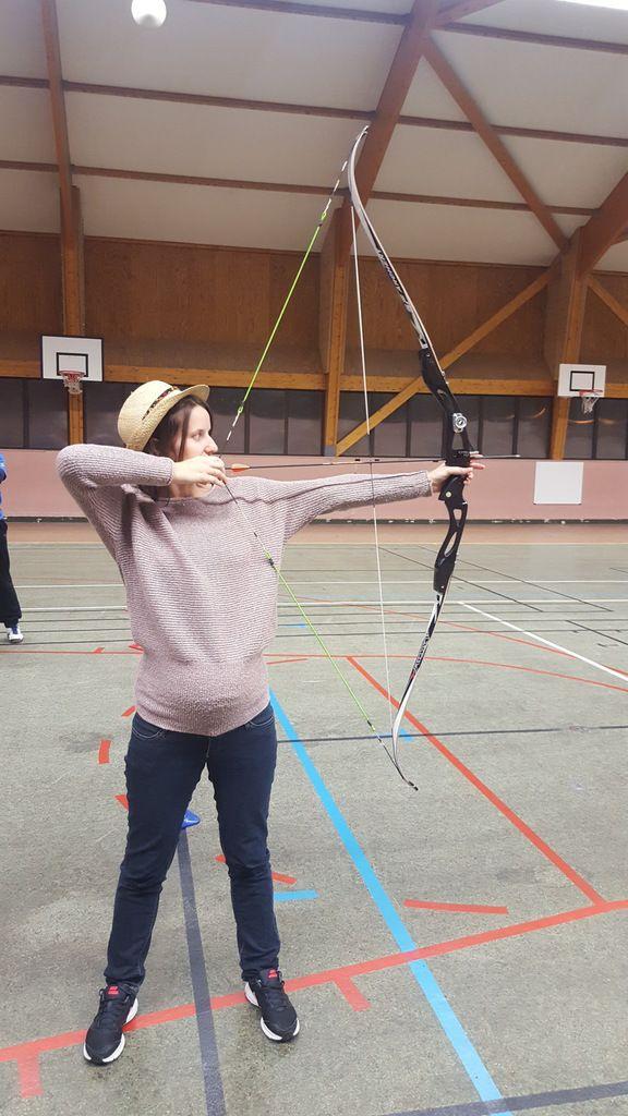 Emilie, un arc à deux cordes???