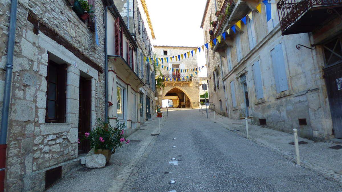 Monflanquin, bastide médiévale.