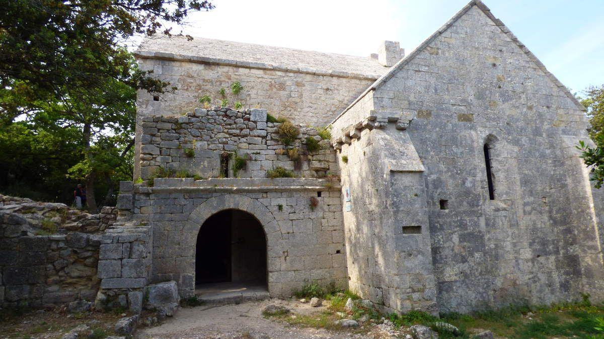 La chapelle Sainte-Anne de Goiron/ Bouches-du-Rhône.