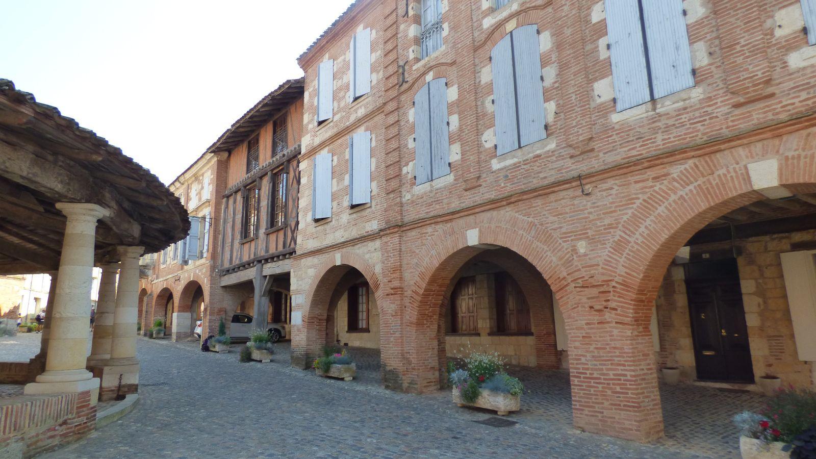 Auvillar, village médiéval du Tarn et Garonne.