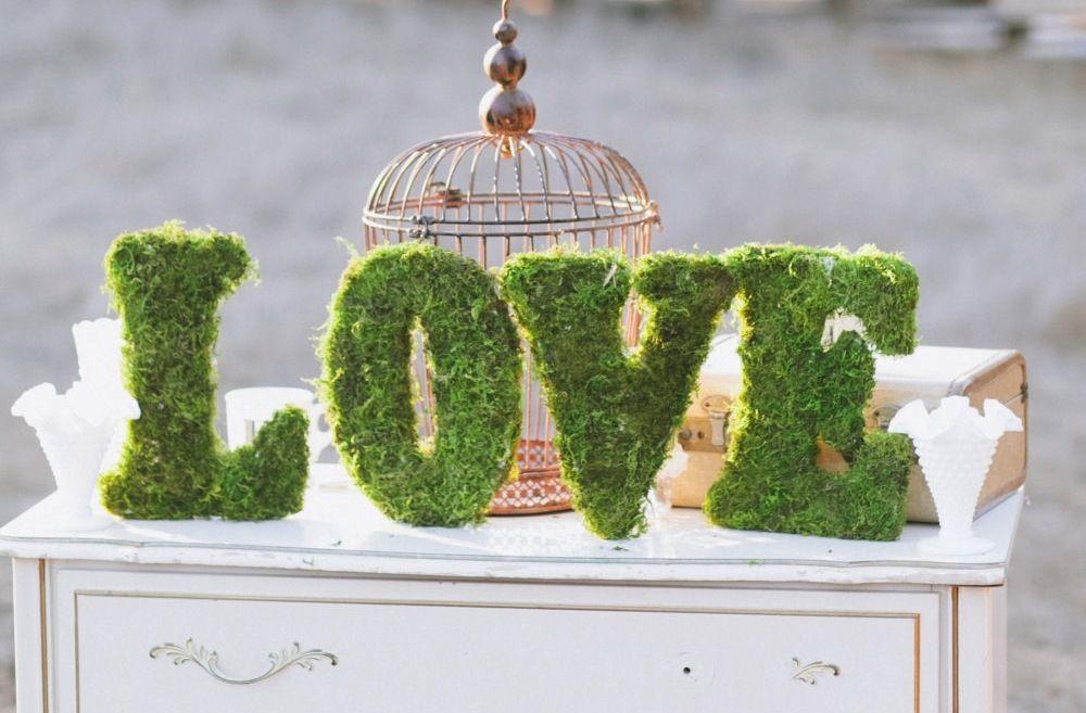 lettre en mousse verte deco mariage