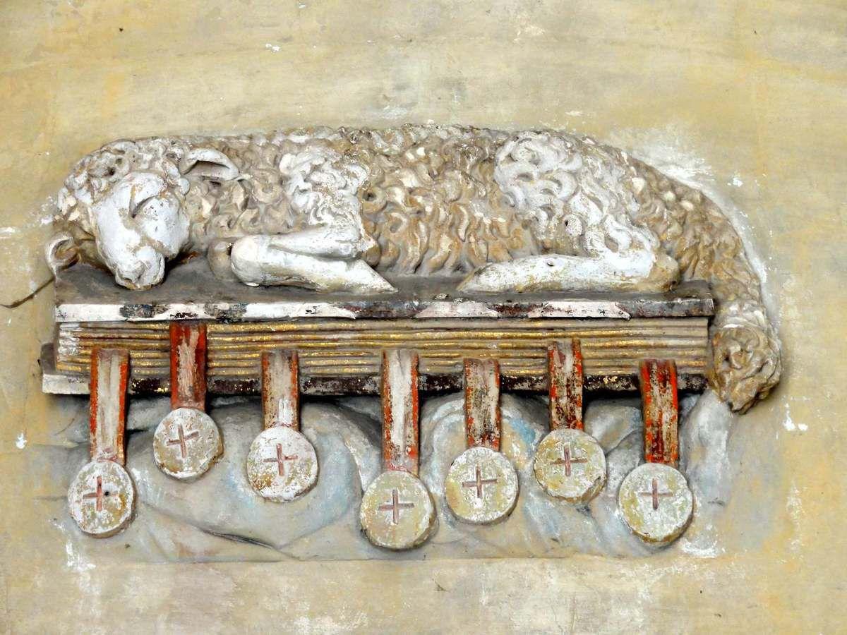 ABBAYE ST VINCENT DE SENLIS (60) Agneau et livre des 7 sceaux Abbatiale Porte du Croisillon Nord