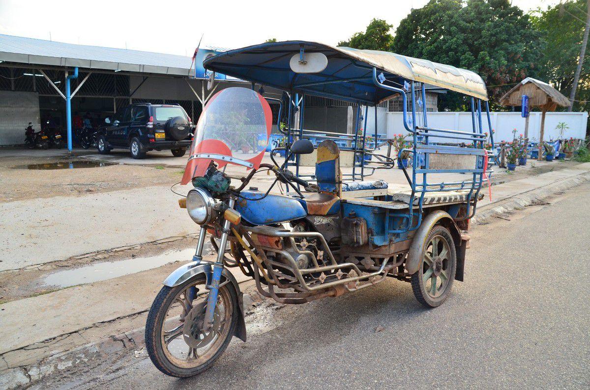 Quelques styles de bus et autres moyens de transport