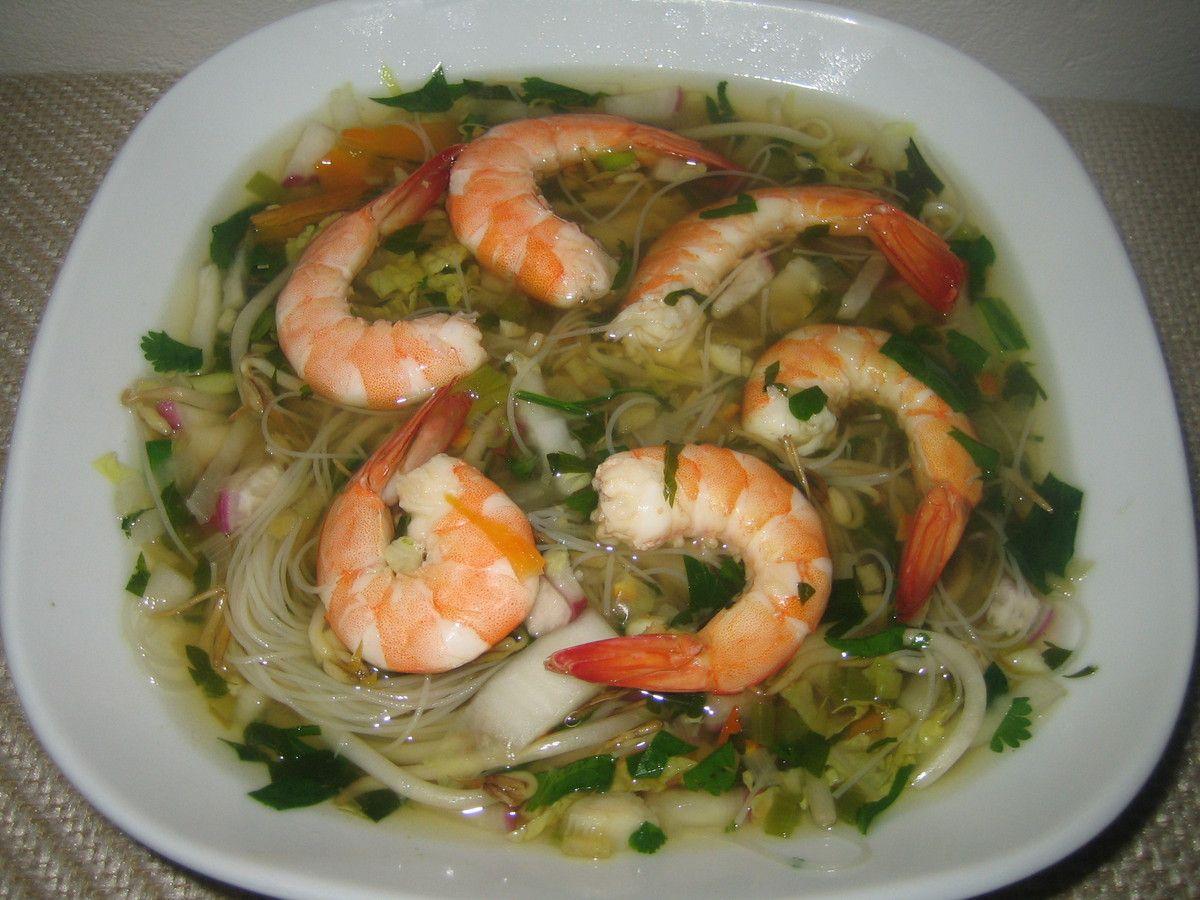 Soupe thaï aux crevettes, citronnelle et gingembre