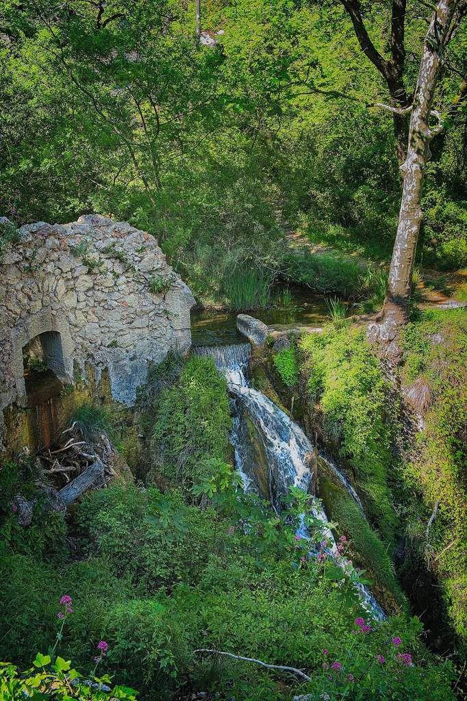 cascade Tholonet aqueduc romain