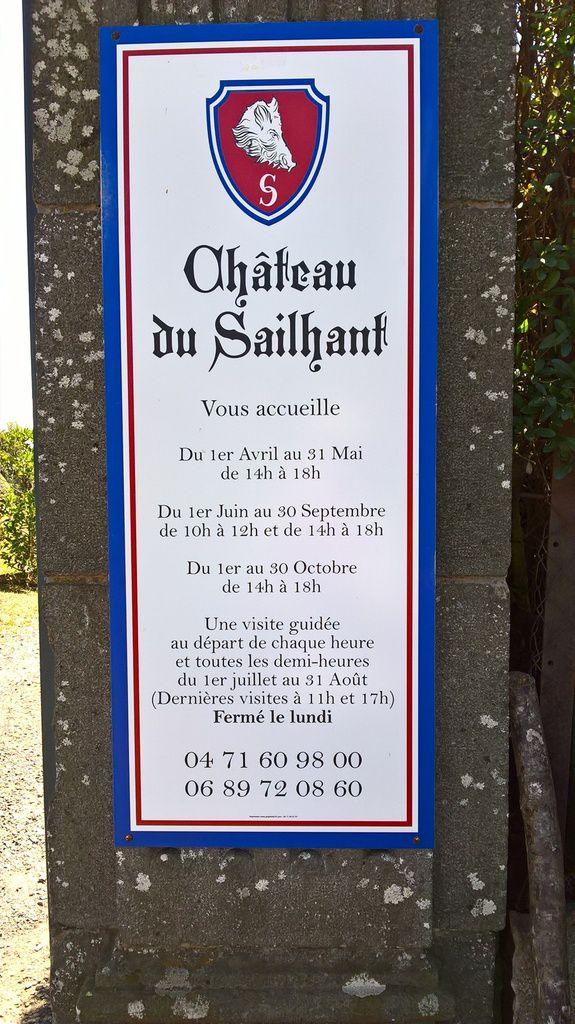 chateau Cantal Sailhant